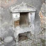 11 Casa pompeiana - Larario - Casa del Poeta Tragico- vesuvioweb