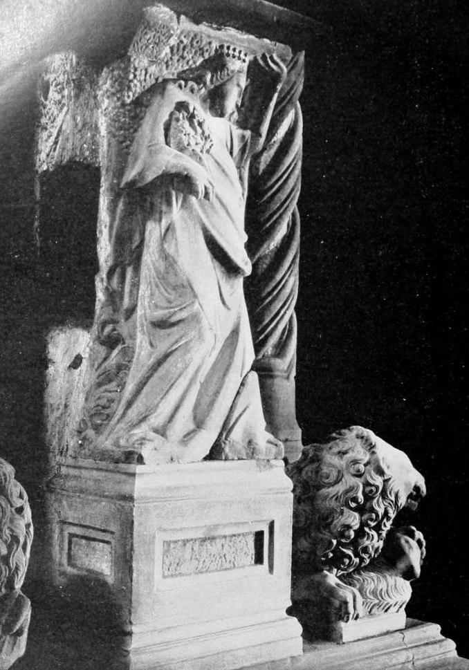 Il sepolcro di Caterina d'Asburgo a Napoli - vesuvioweb 2016 - 2